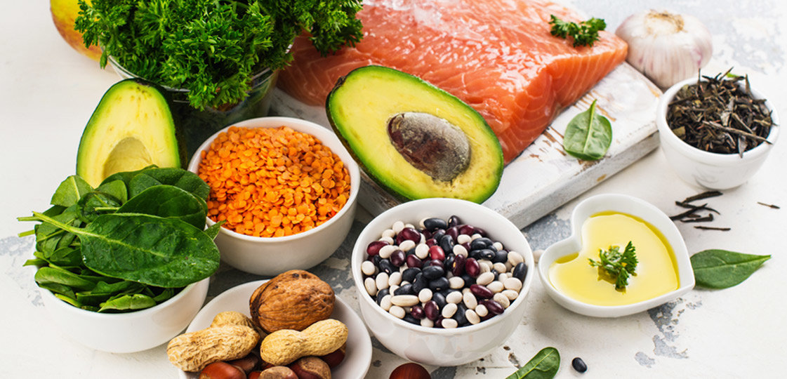 What are Macronutrients and Micronutrients? | FitMinutes.com
