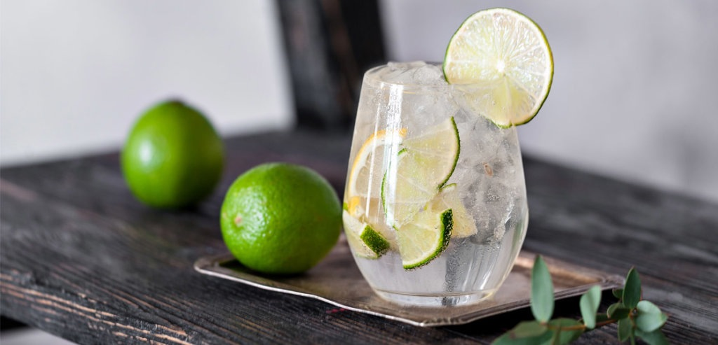 Healthy(ish) Cocktails | FitMinutes.com