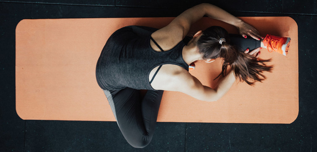 Passive Vs. Active Stretching   FitMinutes.com