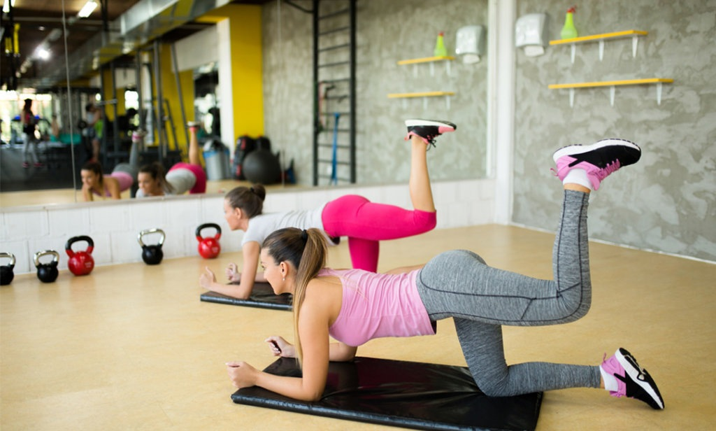 7 Quick & Effective Butt Workouts   FitMinutes.com