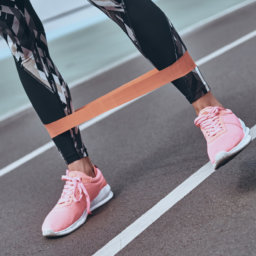 Build Your Summer Booty with these Resistance Band Workouts | FitMinutes.com