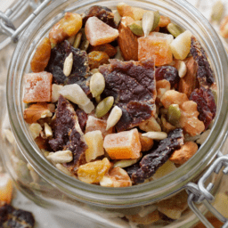 Celebrate Trail Mix Day With These Healthy AF Recipes | FitMinutes.com