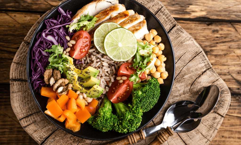 15 Healthy Buddha Bowls You Can Easily Throw Together Tonight | FitMinutes.com
