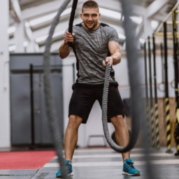 5 Battle Rope Exercises for a Strong Core | FitMinutes