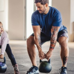 Q&A: Is it Okay for My Kid to Start Lifting Weights? | FitMinutes.com